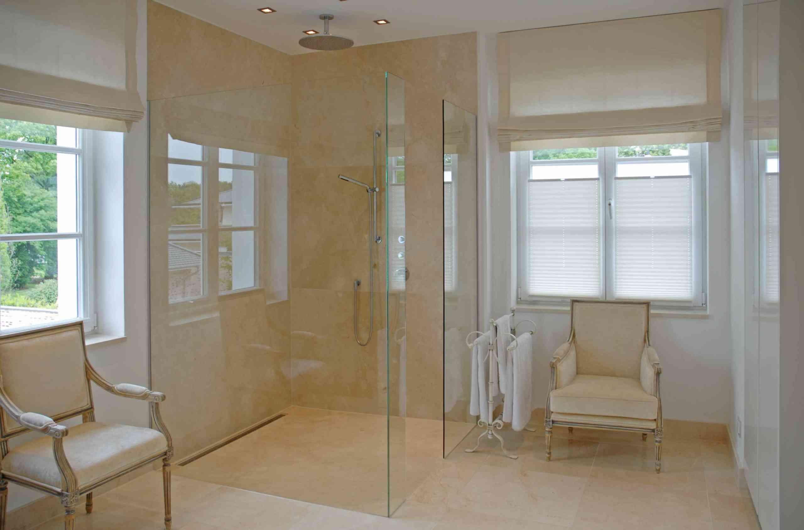 Dusche in Crema Marfil