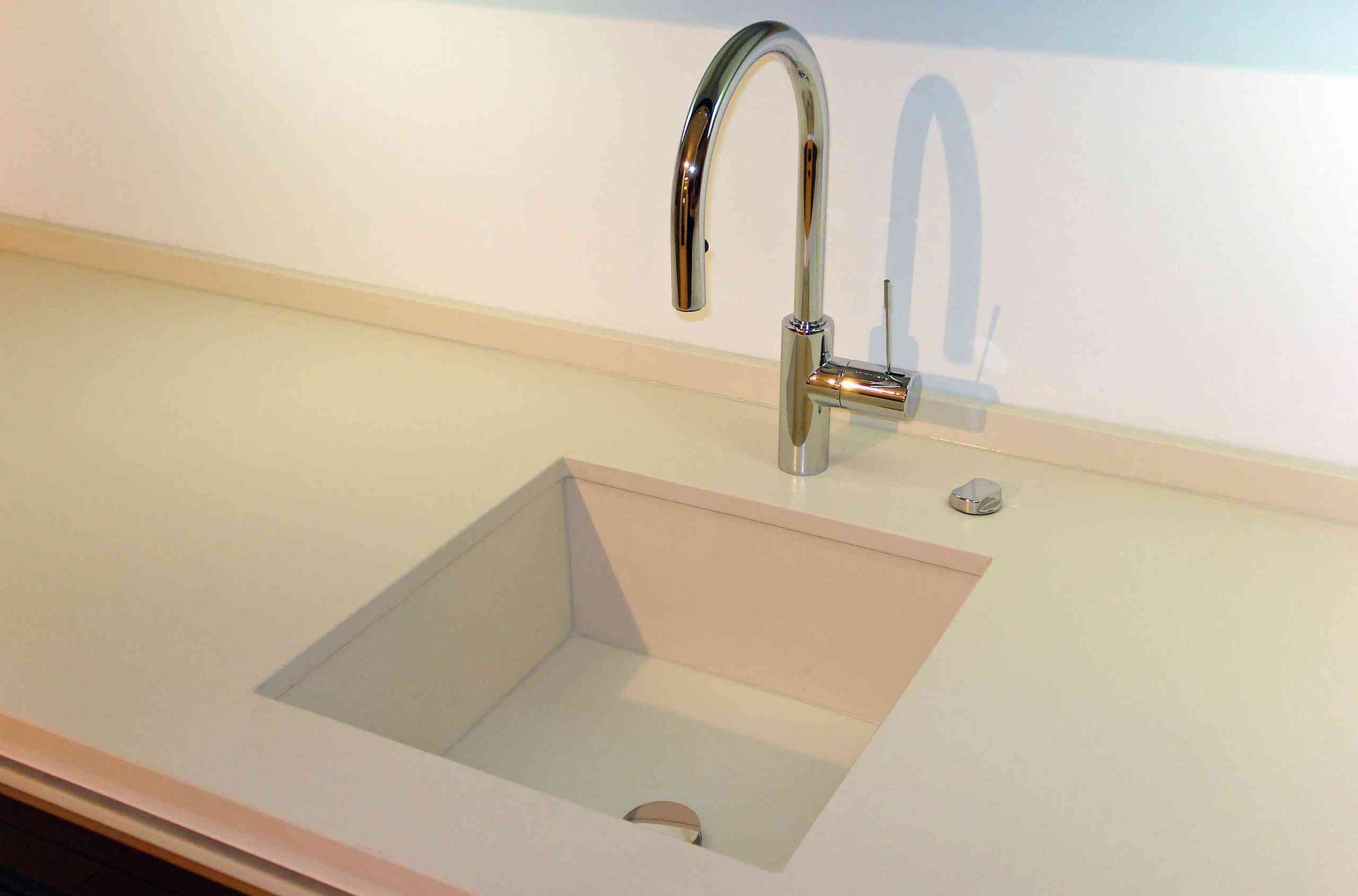 Spülbecken in Silestone-Quarz-Komposit